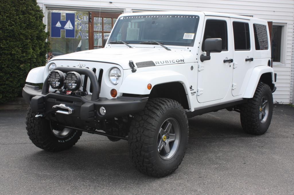 New Wheels for White JKU Sport - Help me decide - Jeep