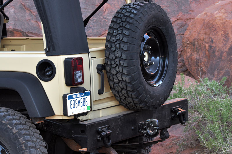 aev j8 milspec tailgate pics american expedition vehicles