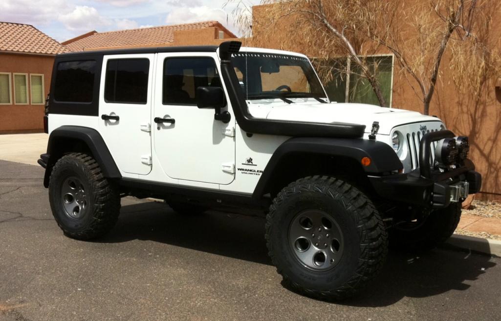 White Aev Jeep : White aev dr jk rubicon mint sold american