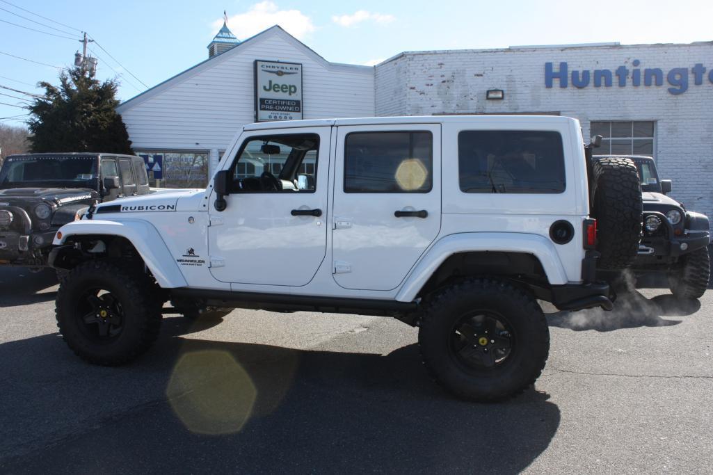 2013 jeep wrangler 4 door rubicon white american