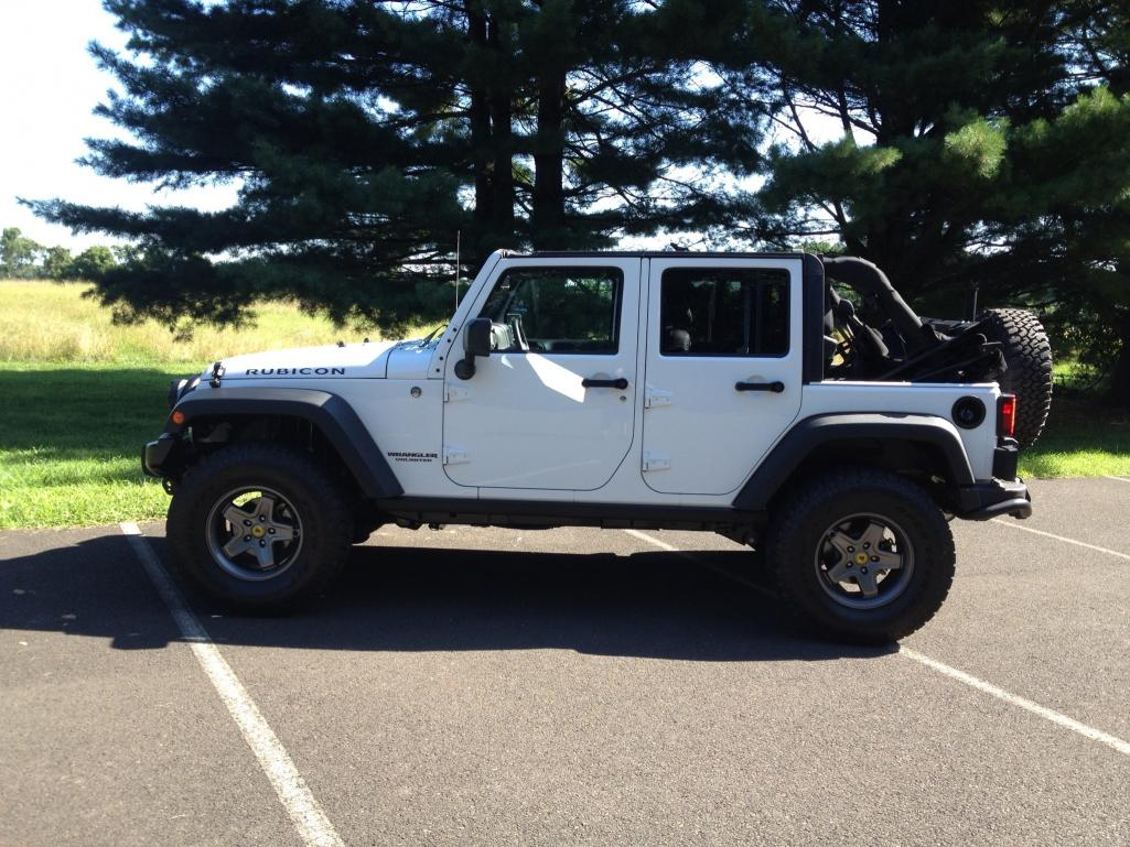 White Aev Jeep : White jeep rubicon unlimited aev inspired american